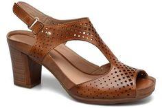 Discover our selection of Pikolinos Java Sandals on Sarenza. Bridal Lehenga, Comfortable Shoes, Designer Shoes, Ladies Sandals, Platform, Footwear, Heels, Handbags, Women
