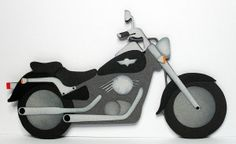 DIY motorcycle card. Click on the link for the free templates. http://www.birdscards.com/for-the-biker-in-your-life/