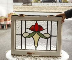 I wonder about making the piece under the flower head an infinity symbol. Stained Glass Frames, Antique Stained Glass Windows, Stained Glass Flowers, Faux Stained Glass, Stained Glass Patterns Free, Stained Glass Designs, Stained Glass Projects, Old Window Panes, Window Art
