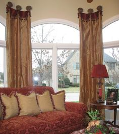 Arched windows don't have to frustrate you. Arched Window Treatments, Kitchen Window Treatments, Arched Windows, Window Coverings, Fancy Curtains, Drapes Curtains, Decorative Curtains, Family Room Furniture, Lounge Design