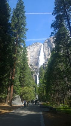 Yosemite Falls - The Redwoods In Yosemite - Year Round Vacation Home Rentals Wedding and Event Center inside Yosemite National Park Yosemite National Park, National Parks, Yosemite Falls, Vacation Home Rentals, Most Visited, Day Trip, Mount Rainier, Mountains, Travel