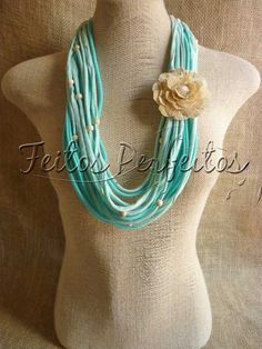 MADE PERFECT: FABRIC NECKLACE WITH STRAW FLOWER