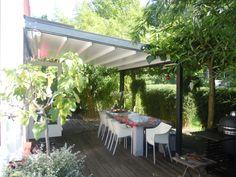 De PATiOwood combineert moderne techniek met de unieke uitstraling van hout. http://www.veldmanzonwering.nl/terrasoverkapping/harol-patio-vouwdak/harol-patio-wood/