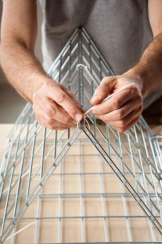 Easy DIY wire side table | The DIY Adventures