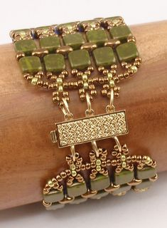 Choose your favorite colors of CzechMates and SuperDuos to make this exciting bracelet that can be dressed up or worn with jeans! This is a