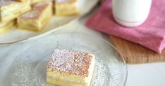 This recipe is a twist on the traditional magic cake. Layer Granny Smith apples at the bottom of your cake tin (or use canned pie apples if you're short on time) and just like magic, three layers appear: cake, apple custard and fudge! Apple Recipes, Baking Recipes, Sweet Recipes, Baking Ideas, Yummy Recipes, Magic Cake Recipes, Dessert Recipes, Just Desserts, Delicious Desserts