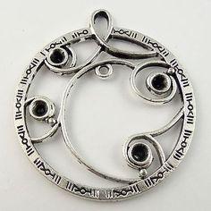Antique style silver tone round flower vine pendants charm 6pcs 30022