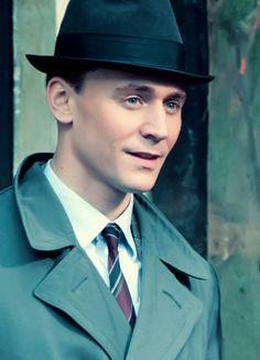 Tom Hiddleston  in The Deep Blue Sea  <3 Heartbreaker!