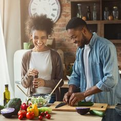 What to Eat for Better Sex. Caldwell Esselstyn on How to Eat Now – fettleibigkeit Foods To Avoid, Foods To Eat, Diet Foods, Pcos Diet, Caldwell Esselstyn, Pizza Vegana, The Essential Life, Relationship Therapy, Budget Planer