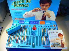 Juguetes de los 90. Juego de química #RetroToys #JuguetesDeLos90.-  Contanos a qué te gustaba jugar cuando eras chico en http://www.laanonima.com.ar/dia-del-nino