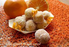 Le castagnole arancia e mascarpone sono MORBIDISSIME, golose, profumate all'arancia. FRITTE o AL FORNO.