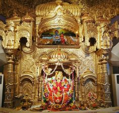 """Lord GANESH"" is the favorite deity in India and of course in MUMBAI who's temple is situated in Prabhadevi, Mumbai Named as ""Siddhivinayak temple"" Jai Ganesh, Ganesh Lord, Shree Ganesh, Jai Shree Krishna, Ganesh Temple, Lord Murugan Wallpapers, Lord Jagannath, Ganesh Wallpaper, Shiva Statue"