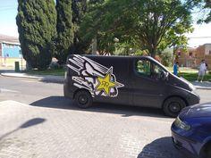 Nissan Primastar Fox | Car Wrap Spain Nissan, Santiago Bernabeu, Car Wrap, Spain, Fox, Projects, Football Pitch, Printed, Identity