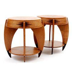 Houten Haagse School tafeltjes 2x met gezwart houten poten en met coromandelhouten decoratie beide tafels met glazen bovenblad ontwerp P.E.L.Izeren 1886-1943 uitvoering de Genneper Molen ca.1930