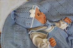 Cutest baby doll knitting pattern of the year Cute Baby Dolls, Cute Babies, Amigurumi Patterns, Knitting Patterns, Crochet Baby Clothes, Baby Born, Doll Maker, Reborn Dolls, Little Darlings