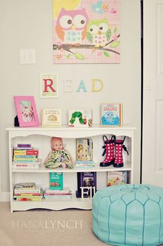 Adorable kids decor. Love it all. Love the READ letters. Owl canvas is adorable. My daughter has that in her room. Gotta love Target.