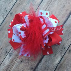 Valentine's Day hair bow - Valentine's Day bow - Valentine's Day - Red and white bow - hearts - Big hairbow - loopy hairbow - OTT Hairbow - by BBgiftsandmore on Etsy
