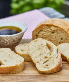 Olívás stangli | Street Kitchen Cannoli, Ciabatta, Bagel, Street, Kitchen, Food, Breads, Bread Rolls, Cooking