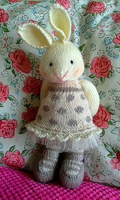 nainis' erin's julie williams pattern bunny girl in a dotty dress