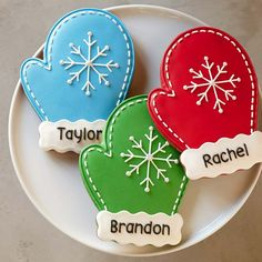 NEW YEAR - WINTER - SNOW http://www.pinterest.com/georgeschwenk/new-year-winter-snow/ ..... Personalized Giant Mitten Cookies, Set of 3