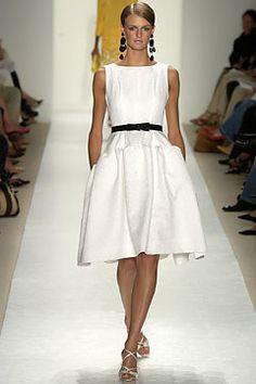 Oscar de la Renta Spring 2004 Ready-to-Wear Fashion Show - Oscar de la Renta, Jacquetta Wheeler