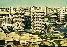 Paris' Utopian Village Of Concrete Cabbage – Design You Trust Concrete Coatings, Centre Commercial, Concrete Structure, Social Housing, Construction, House Layouts, Paris, Brutalist, Photos