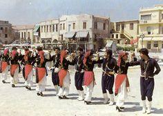 Group Vrakoforon of Crete (OΜΙΛΟΣ ΒΡΑΚΟΦΟΡΟΝ ΚΡΗΤΗΣ) in Rethymno, , Rethymnon Area , Traditional Dance Groups, Crete, Greece