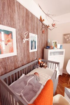 Faux Wood Wallpaper and rustic forest nursery. why is that baby sleeping on his stomach Fox Nursery, Woodland Nursery, Nursery Room, Boy Room, Forest Nursery, Nursery Neutral, Fox Themed Nursery, Natural Nursery, Rustic Nursery