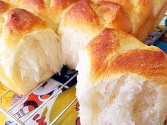 ♡ホテルブレッド風ちぎりパン♡手ごねの画像 Sweets Recipes, Bread Recipes, Baking Recipes, Snack Recipes, Bread Bun, Bread Cake, Japanese Bread, Japanese Buns, Gastronomia