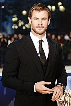 """"""" Chris Hemsworth attends the 5th Huading Film Awards in Macao, China on January 18, 2015. """""""