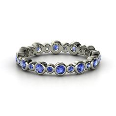 Palladium Ring with Sapphire - lay_down