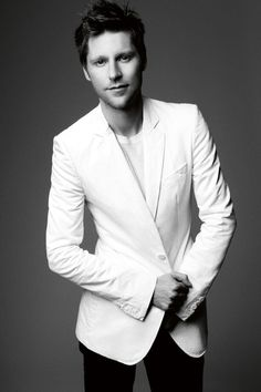 Christopher Bailey http://www.vogue.fr/thevoguelist/christopher-bailey/120