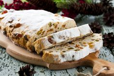Stollen is the German holiday bread that can't shake its fruitcake resemblance Holiday Bread, Christmas Bread, German Christmas Markets, Holiday Desserts, German Stollen, Tapas, Bratwurst, Great Recipes, Bakery