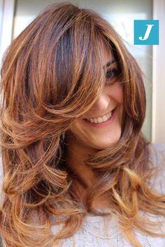 Il Degradé Joelle e il sorriso sono gli accessori indispensabili per una donna!  #cdj #degradejoelle #tagliopuntearia #degradé #igers #musthave #hair #hairstyle #haircolour #longhair #ootd #hairfashion #madeinitaly #wellastudionyc