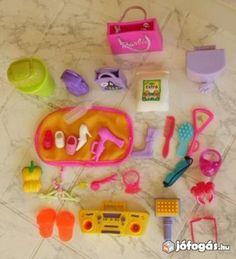 Barbie babához sok-sok kiegészítő