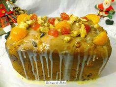 Pan de Navidad con frutas y ron para un desayuno delicioso.