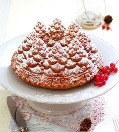 Lovely Christmas Cake