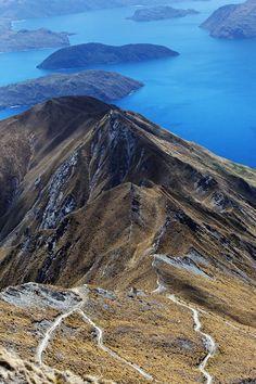 Mont Roy and Lake Wanaka, Otago region, South Island, New Zealand. Mount Aspiring National Park