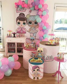 Wrap around stool chair. Birthday Drinks, 5th Birthday Party Ideas, Birthday Party Decorations, Surprise Birthday, Panda Birthday, Girl Birthday, Lol Doll Cake, Doll Party, Lol Dolls