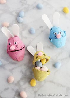 Over 25 of the Best Easter Crafts for Kids - Easter Bunny, Easter chicks, Easter eggs, Easter basket crafts and more! Easy Easter craft ideas for kids perfect for toddlers or preschool too. Easter Activities For Kids, Preschool Crafts, Literacy Activities, Bunny Crafts, Easter Crafts For Kids, Easter Bunny Eggs, Easter Hunt, Egg Carton Crafts, Cute Bunny