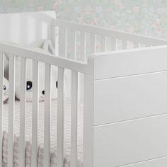 Μετατρέπεται σε παιδικό κρεβάτι με την χρήση προεκτάσεων (περιλαμβάνονται) και έχει 3 επίπεδα ανύψωσης στρώματος.  http://www.nadokidz.com/gr/furniture_xanthi.php #cribs #furniture #nursery