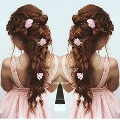 Ulyana Aster Romantic Long Bridal Wedding Hairstyles_20 ❤ See more: http://www.deerpearlflowers.com/romantic-bridal-wedding-hairstyles/