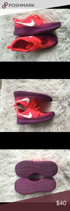 🆕 Nike Ombré sneaks So cute! Great preloved condition! 👺NO TRADES DONT ASK! ✌🏼️Transactions through posh only!  😻 friendly home 💃🏼 if you ask a question about an item, please be ready to purchase (serious buyers only) ❤️Color may vary in person! 💗⭐️Bundles of 5+ LISTINGS are 5️⃣0️⃣% off! ⭐️buyer pays extra shipping if likely to be over 5 lbs 🙋thanks for looking! Nike Shoes Sneakers
