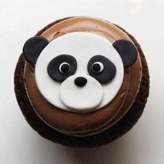 Panda bear cupcakes by Best of Philly winner Whipped Bakeshop. Panda Cupcakes, Fondant Cupcakes, Farm Animal Cupcakes, Baby Shower Cupcakes, Yummy Cupcakes, Cupcake Cookies, Panda Food, Caramel Apple Crisp, Cupcakes Decorados