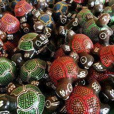 Turtle anyone? #turtles #lombok #indonesia #upsticksandgo #localcraft #localart #pottery #travelgram #travellingtheworld #craft