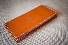 Leather checkbook cover - Vegetable-tanned hand-stitched