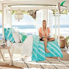 Tahiti Tie Dye Quilt + Sham, Capri // a summer oasis bedroom perfection I just I can t even!