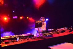 #entertainment voor #Karma #ShowLinea events #noordholland #willie-wartaal #www.showlineaevents.com