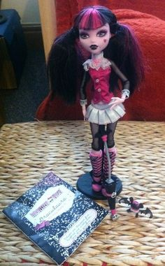Monster High Draculaura First Wave Doll Vgc Rare With Pet Diary