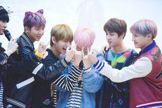 Tay của Jimin (BTS) đã có một sự thay đổi mạnh mẽ – Tin Tức Nhanh Kpop – Trang Kpop Uy Tín Nhất Việt Nam
